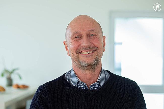 Rencontrez Jean-Noël, DRH Groupe - Groupe Synerlab