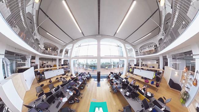 Visite à 360° des bureaux de leboncoin