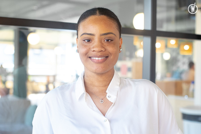 Rencontrez Marie-Emmanuelle, Accounts Assistant