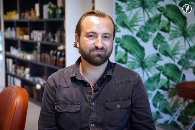 Rencontrez Benjamin, Hairstylist et Responsable Formation