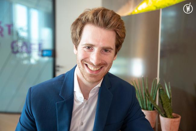 Rencontrez Julien, Manager, équipe Consumer Services - BearingPoint France