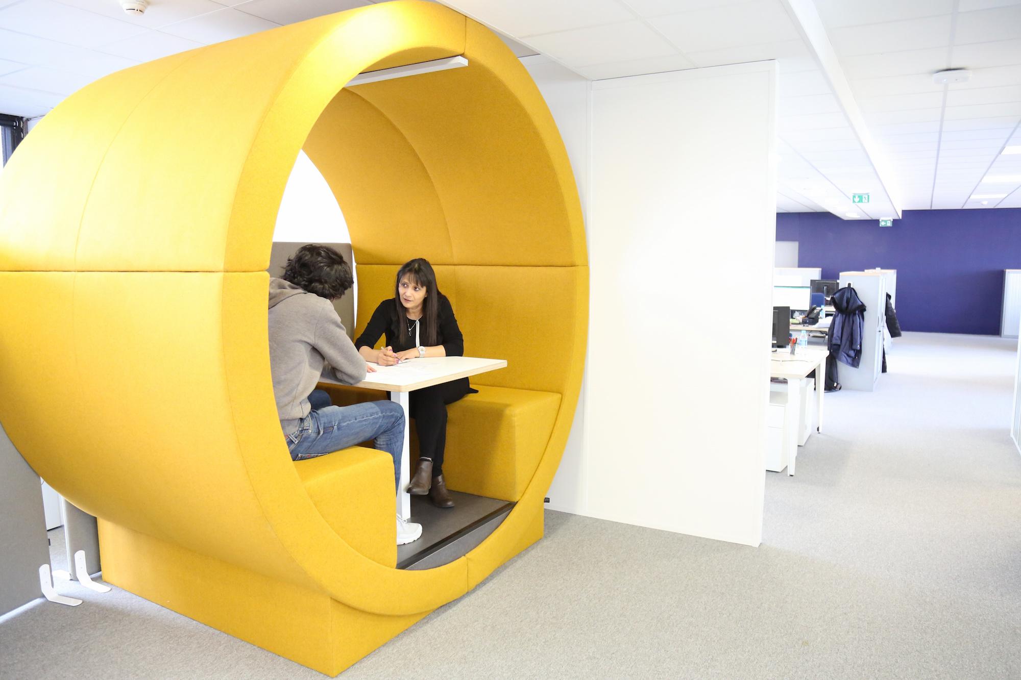 assistant responsable de magasin paris intra muros h f la redoute recrute. Black Bedroom Furniture Sets. Home Design Ideas